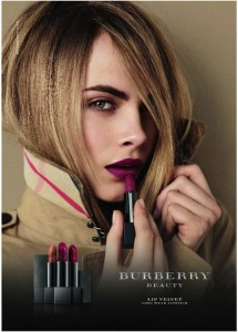Burberry_beauty_lip_velvet_2012_model_Advertising_Visual_C_1.413