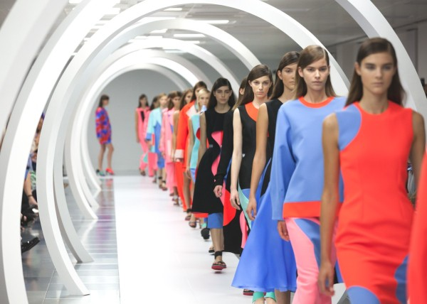Roksanda SS15 (Kensington Leverne, British Fashion Council) 5